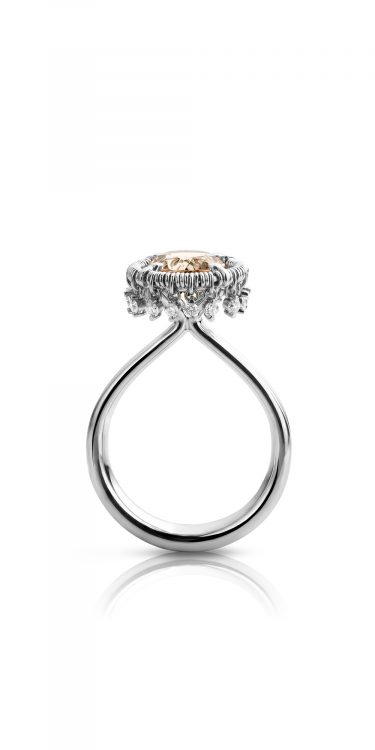 Platina ring met morganiet en diamanten