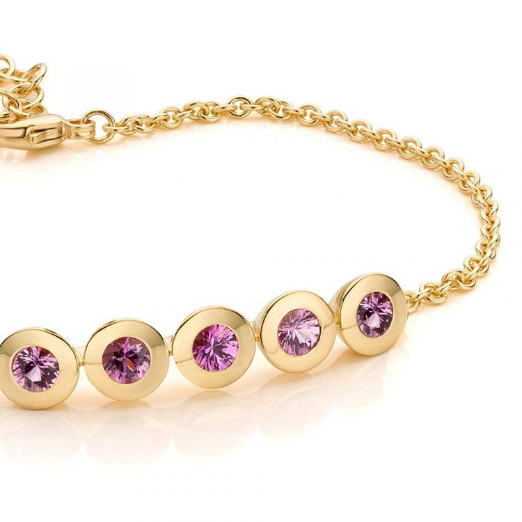 geelgouden armband met pink saffier