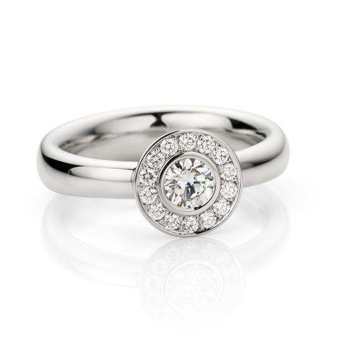 Ring platina met diamant