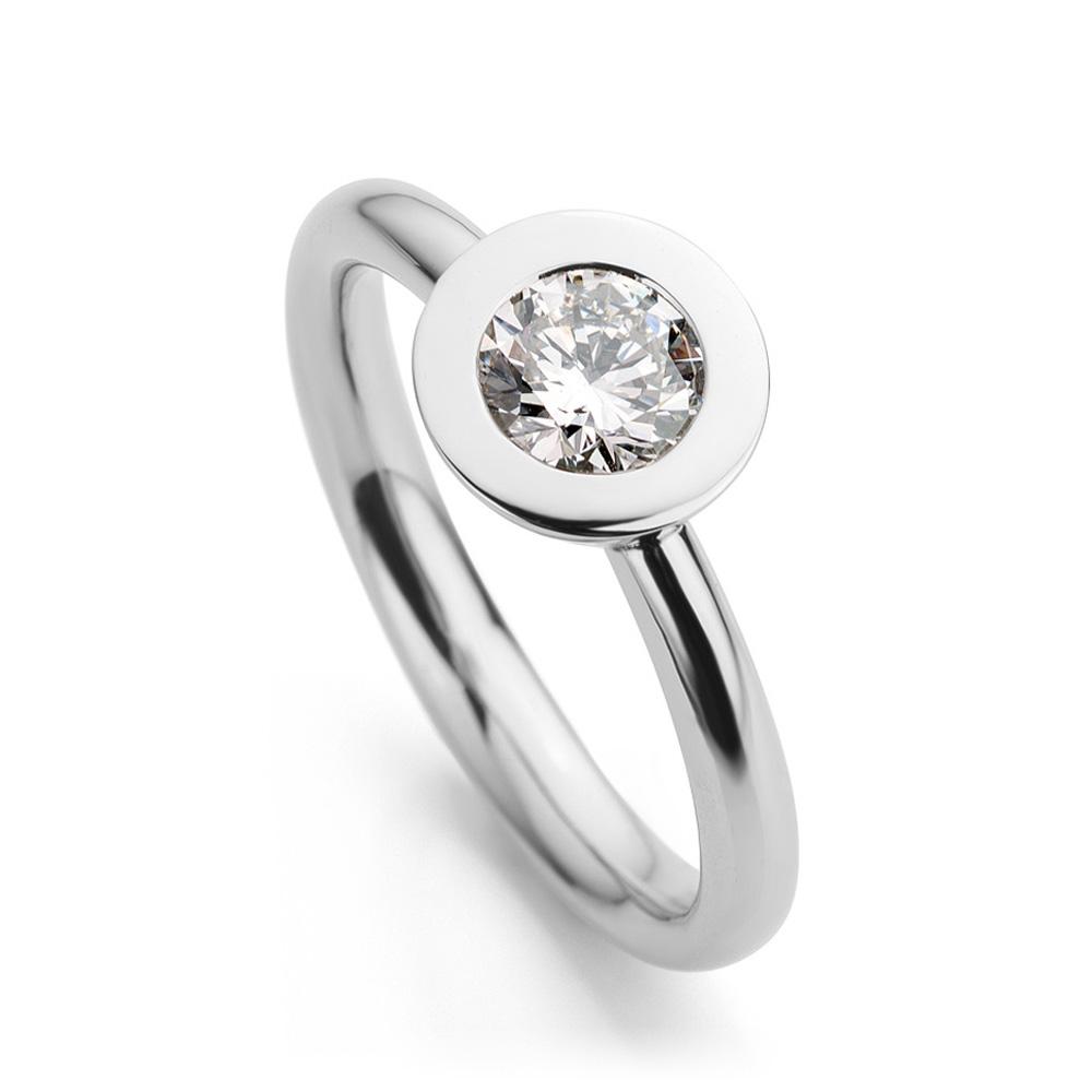Ring witgoud met diamant