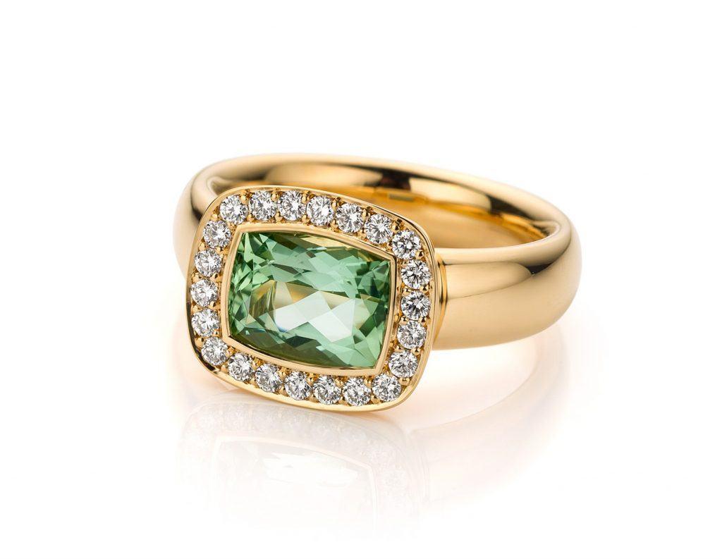 roségouden Ring met groene beryll en diamanten