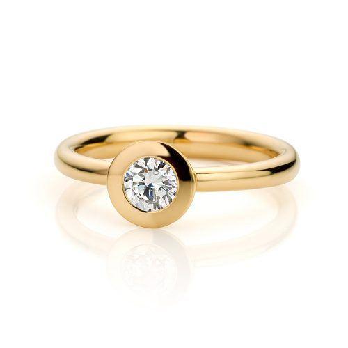 Ring 18 karaat geelgoud met diamant