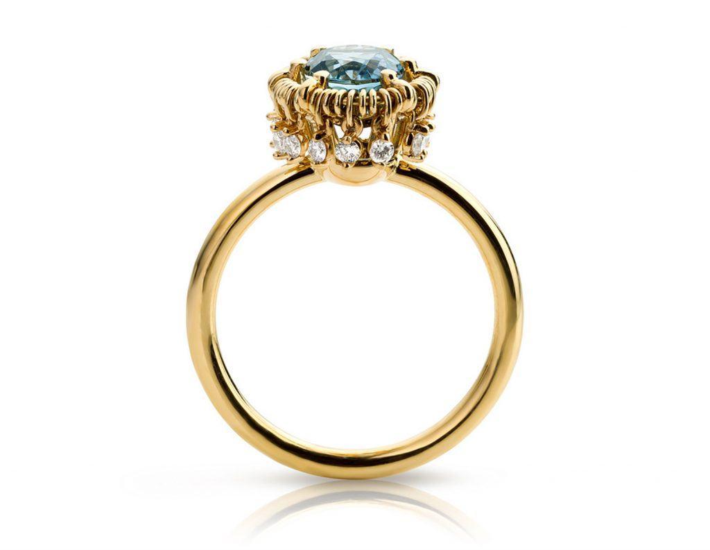 Ring geelgoud met aquamarijn en diamant